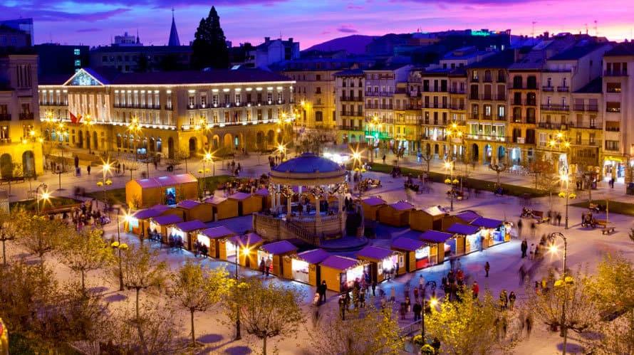 Las más importantes iglesias y plazas de Pamplona